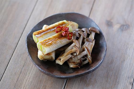 【ワンコイン500円】長ネギでカンタン常備菜「ネギの焼きびたし」
